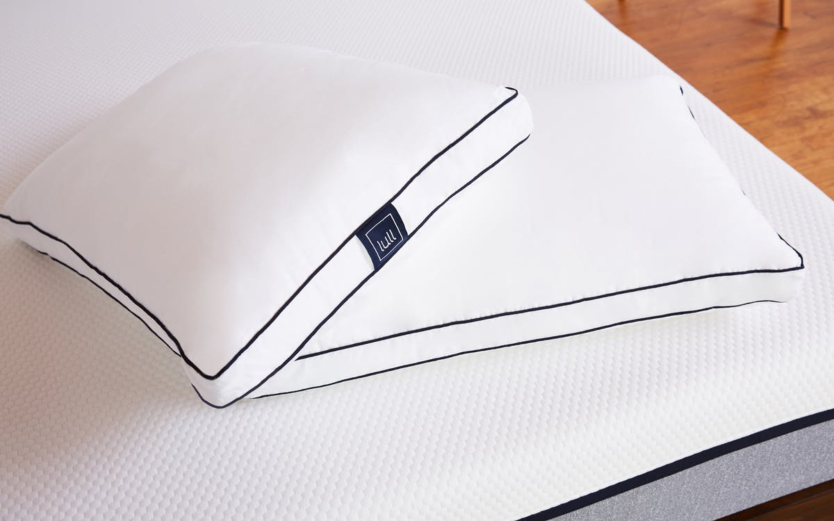 Standard Lull Foam Pillow
